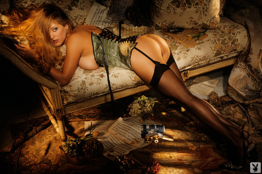 Playboy, hot naked playboy babes, sexy playboy.com playmates, famous celebrities, centerfolds ...