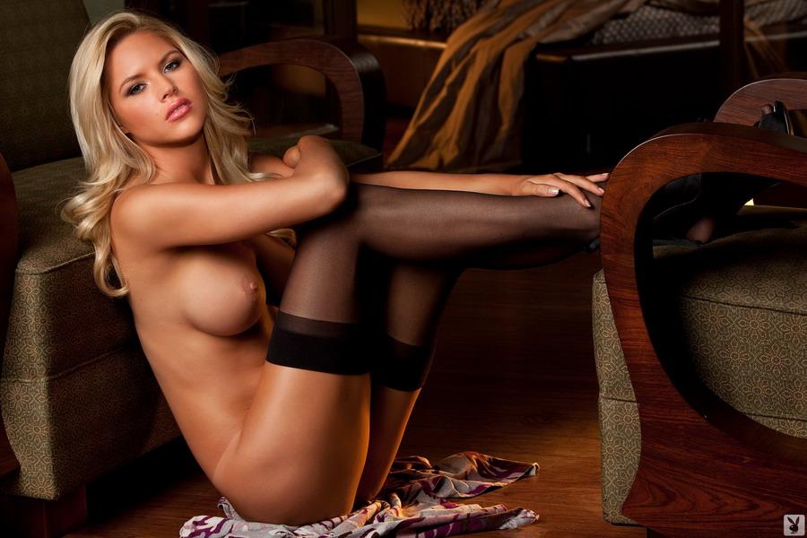порно фото в чулках плейбой